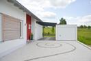 Musterhaus_Traitsching,Hoehhof_Hof_Garage.jpg, Copyright © 2015 Town & Country Haus Lizenzgeber GmbH